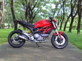 146. DUCATI MONSTER 795 ABS